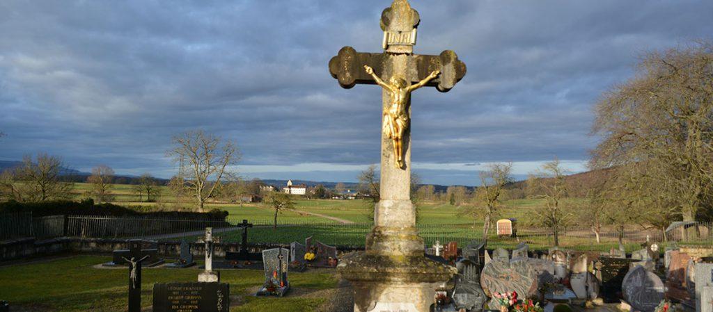 Friedhof in Charmoille, JU Trauerfeier