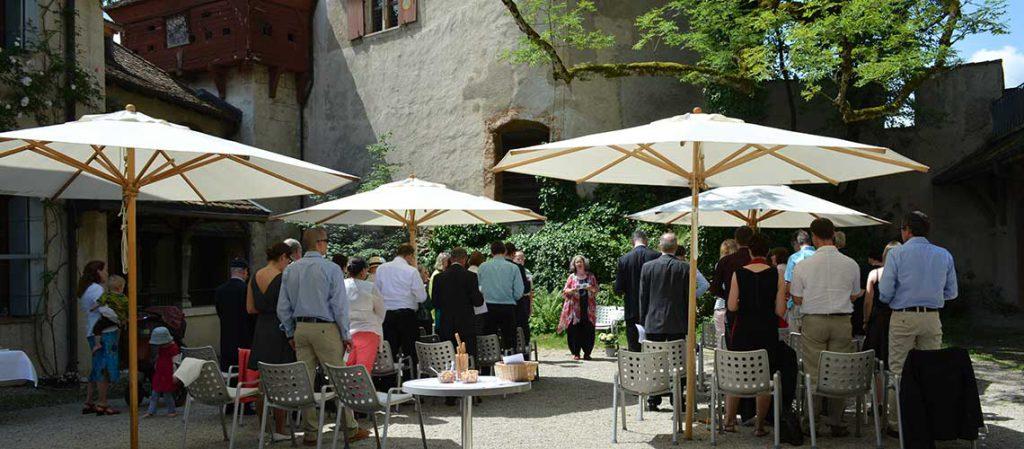 Rosmarie Brunner Hochzeitszeremonie auf einem Schloss