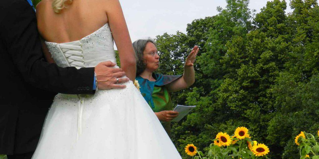 Trauung im Freien Hochzeitszeremonie Heiratsantrag