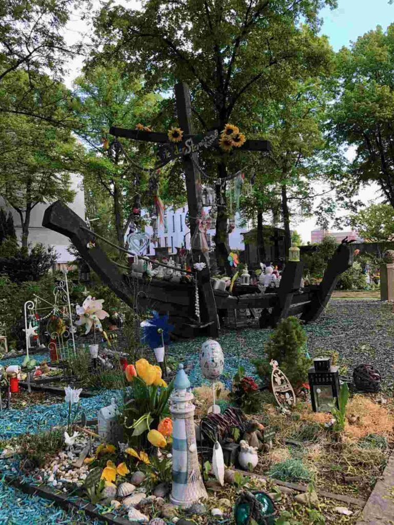 Kinderfriedhof Hilfe für Trauerfamilien