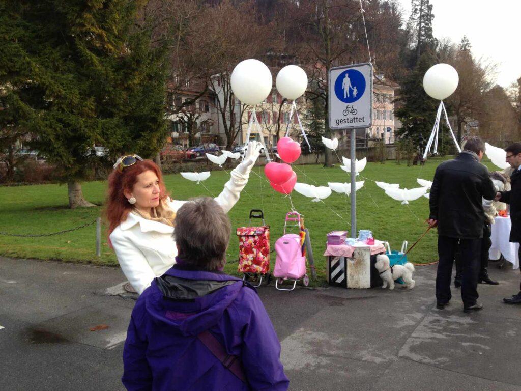 alice hofer Ballons Tauben
